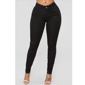Fashion Nova Classic Mid Rise Jeans